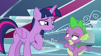 "Twilight ""wanted to be in a play"" S8E7"