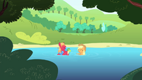 AJ and Big Mac in the water S4E20