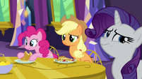 Applejack and Rarity concerned S5E3