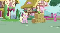 Living apple appears next to Millie S9E23