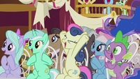 Ponies cheer for Cranky Doodle and Matilda S5E9