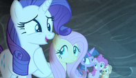Rarity getting nervous S5E1