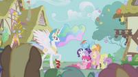 Spike animation error S1E2