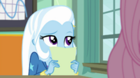 Trixie Lulamoon hears more chirping birds EGDS10