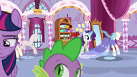 Twilight leaves as Rarity gets back to work S9E26