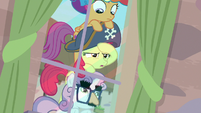 Apple Bloom coming to a realization S7E8
