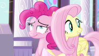 Fluttershy beside Pinkie Pie S4E1