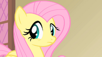 Fluttershy concerned about the health of the Princess's pet S1E22