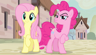 Fluttershy happy and Pinkie distrusting S5E1