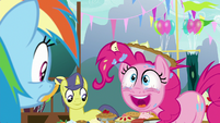 "Pinkie Pie ""I made a pie for everypony"" S7E23"