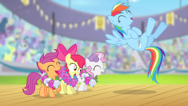 File:Rainbow Dash and CMC laughing S4E05.png