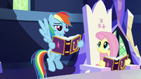 Rainbow Dash reading her Daring Don't entry S7E14