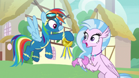 Rainbow presents Silverstream with a medal S9E3