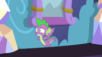 Spike flying down the castle hallway S9E19