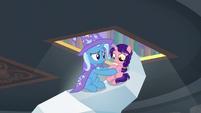 Trixie guiding Raspberry Dazzle to safety S9E24