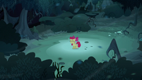 Wind blows over Apple Bloom again S5E4