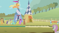 Applejack's long jump attempt S01E13