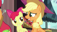 Applejack smiling bashfully at Apple Bloom S7E13