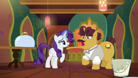 Coriander Cumin instantly changes clothes S6E12