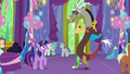 Discord laughing at Twilight Sparkle S7E1.png