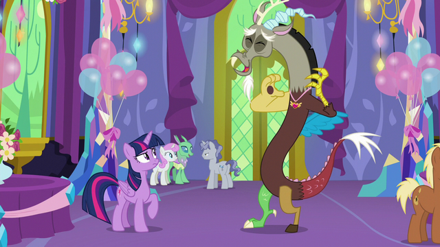 File:Discord laughing at Twilight Sparkle S7E1.png