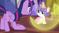Flurry Heart dispersing her magic barrier S7E3