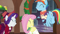 Merry, Flutterholly, and Snowdash having fun S6E8
