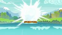 Star Swirl and Tree Hugger teleport off the raft S8E16