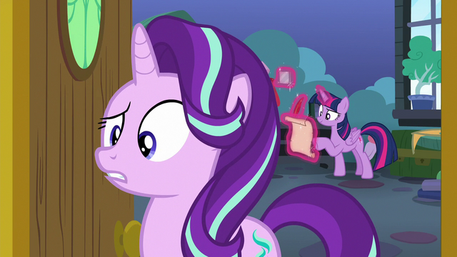 File:Starlight confused by Spike's question S7E1.png