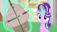 Starlight hears a knock at her door MLPS4