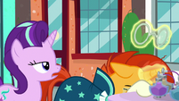 Starlight sarcastically remarks -fruity- S8E8