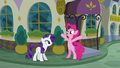 "Pinkie Pie ""the food here must be amazing!"" S6E12.png"
