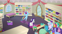 Rainbow Dash groaning at Rarity's slowness S8E17