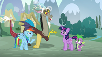 Rainbow and Discord in unison --What makes you think we practiced--- S5E22