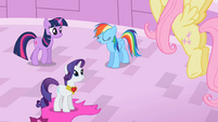 Rarity & Rainbow Dash day's work S2E10