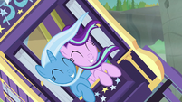 Trixie and Starlight fall over gorge's edge S8E19