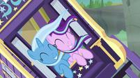 Trixie and Starlight fall over gorge's edge S8E19