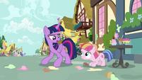 Twilight Sparkle scolding Toola Roola S7E14