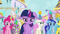 Twilight and friends feel sorry for Moon Dancer S5E12