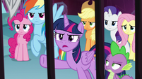 Twilight questioning Lord Tirek S8E25