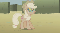 Applejack's colors completely dulled S2E01