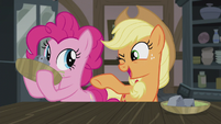 "Applejack ""that's somethin' I know all about!"" S5E20"
