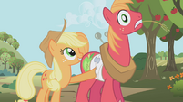 Applejack ouch S01E04