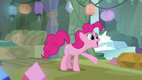 Pinkie -we're playing hide-and-go-seek!- S8E3