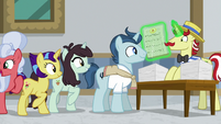 Ponies sign up for university classes S8E16