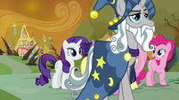 Star Swirl the Bearded stepping forward S9E2