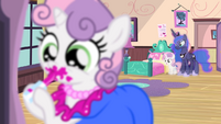 Sweetie Belle -decided to make a grand entrance- S4E19