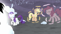 Twilight's friends returning to normal S5E2