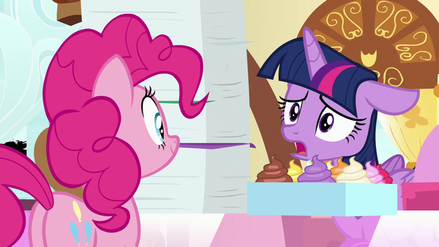 "File:Twilight ""can you write 'sorry' on them?"" S7E3.png"