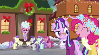 Fillies caroling for Chelsea Porcelain S6E8